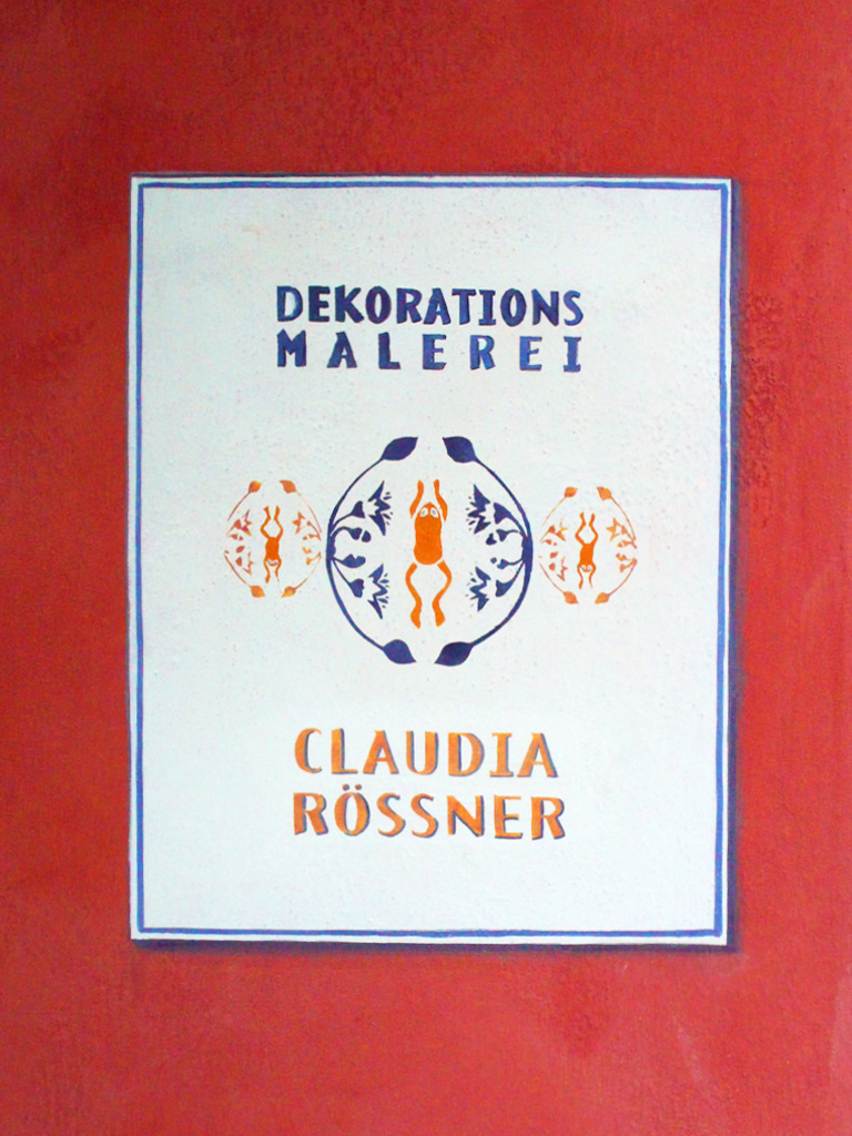 Türschild von Claudia Rößners Werkstattladen